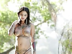 Tattoo xxx movies - young women having sex